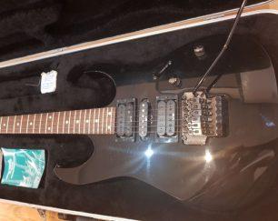 گیتار الکترونیک