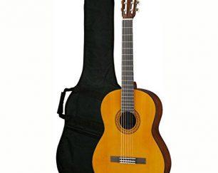 گیتار یاماها c40  به همراه جعبه و کیف