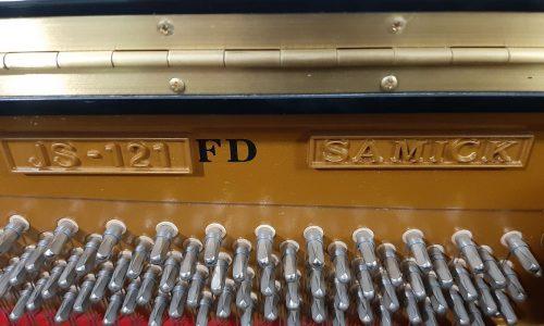 پیانو آکوستیک Samick JS-121FD