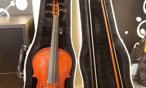 ویولن دست ساز استاد رضوانی سال ۱۹۹۹