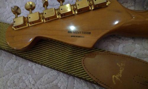 گیتار برقی فندر fender