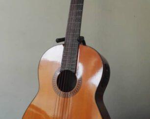 گیتار یاماها c 80 (سی ۸۰ )