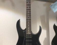 گیتار الکتریک همراه امپلی فایر