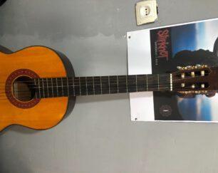 گیتار یاماها مدل c70